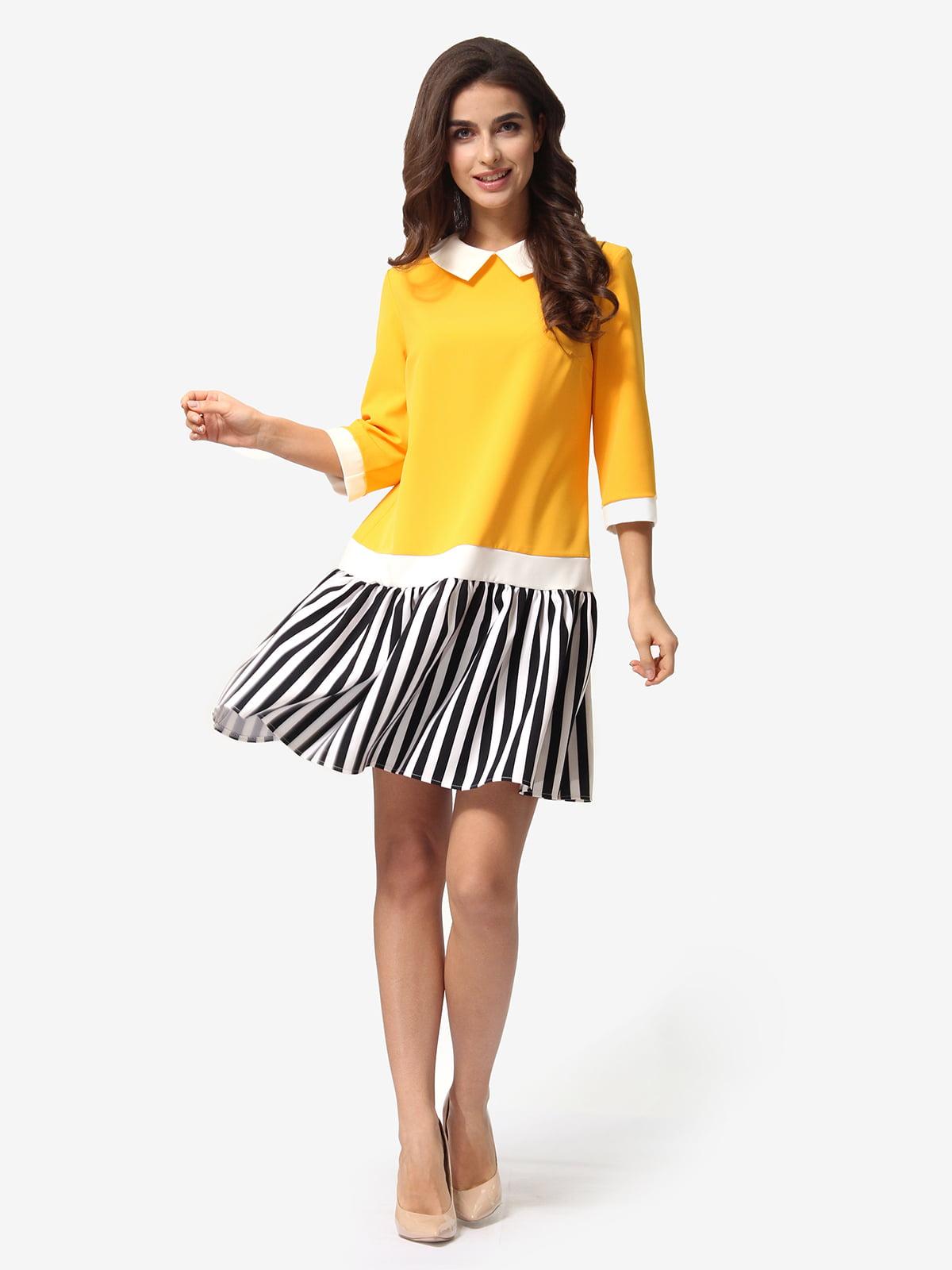 Сукня триколірна в смужку | 5621371