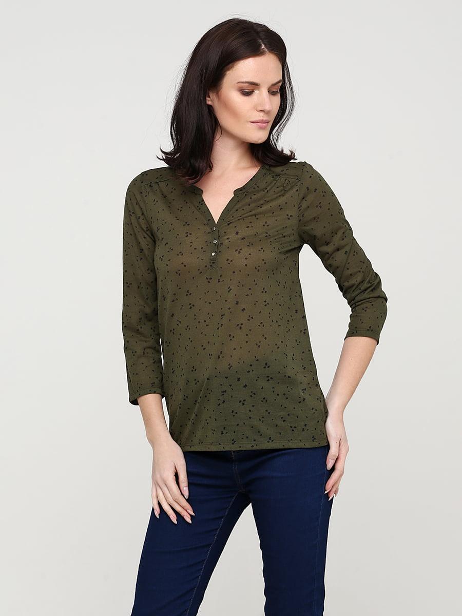Блуза цвета хаки в принт | 5641604