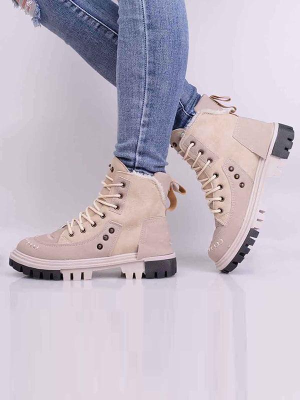 Ботинки бежевого цвета | 5650603