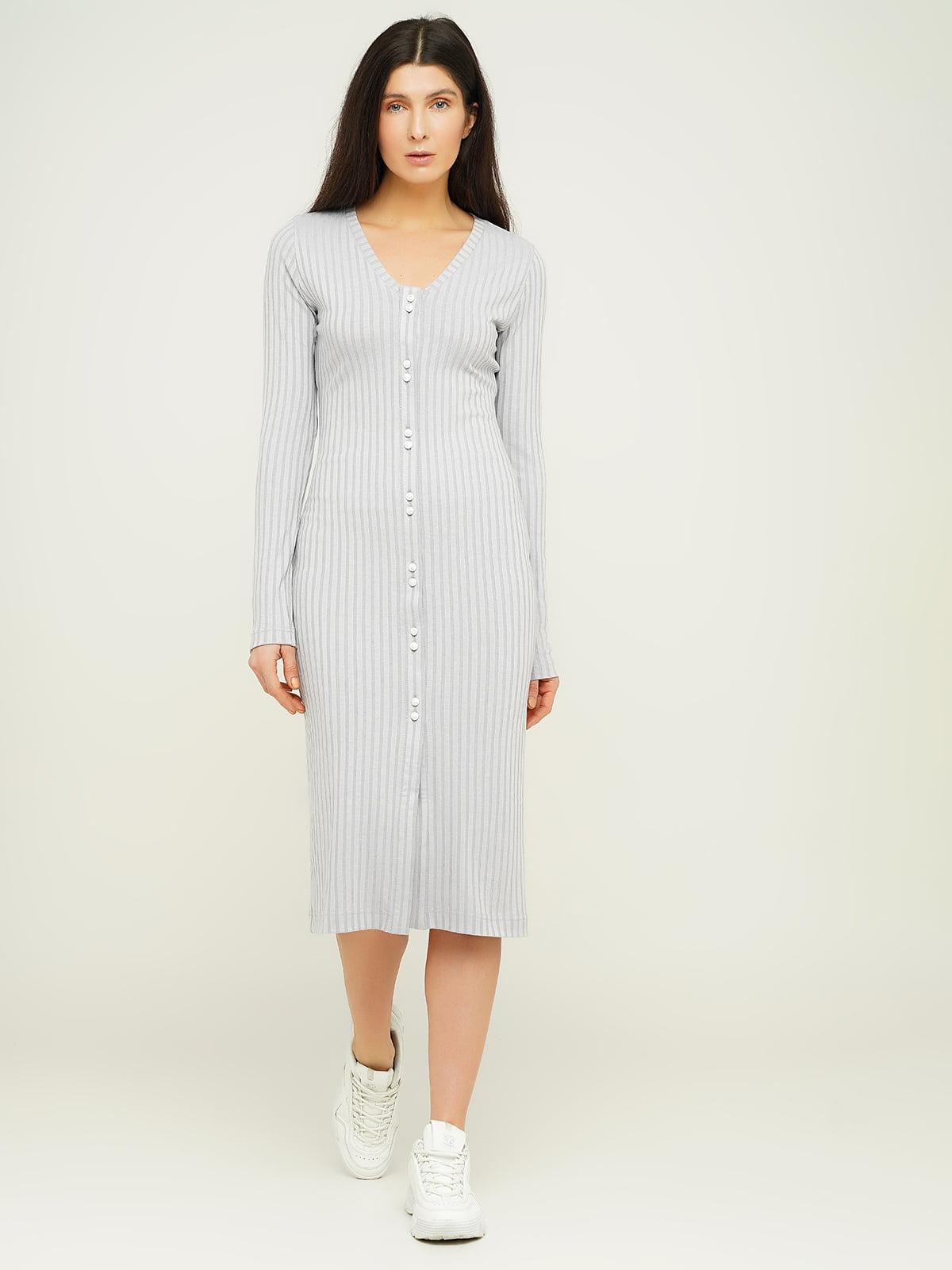 Платье светло-серое в полоску   5656200