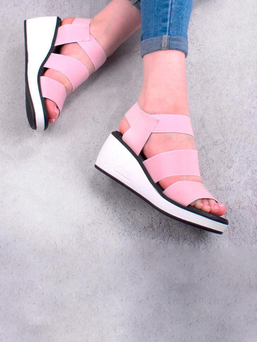Босоніжки рожевого кольору | 5657222