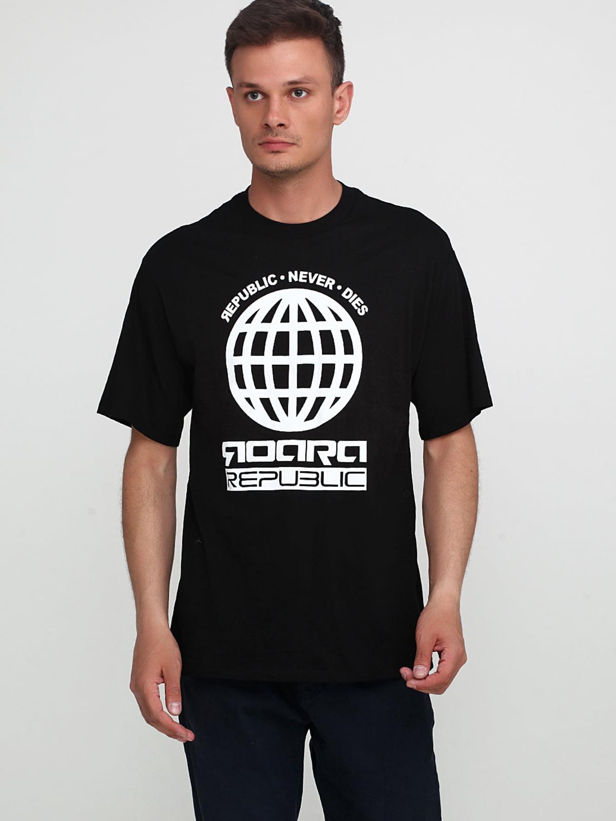 Футболка черная с принтом | 4954354