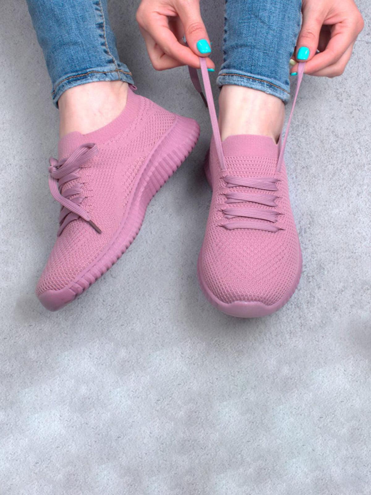 Кросівки рожевого кольору   5645679