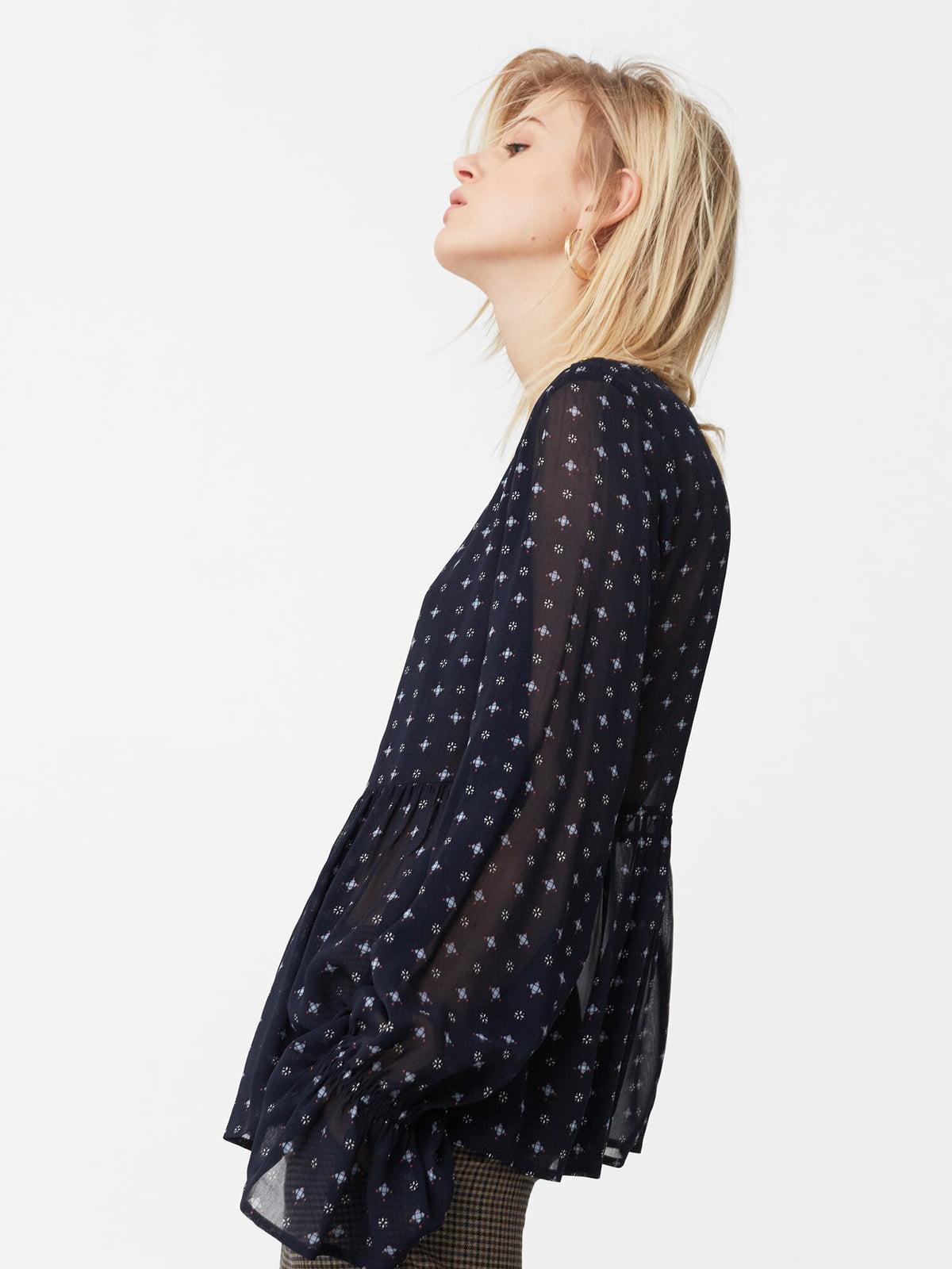 Блуза темно-синяя с принтом | 5669317