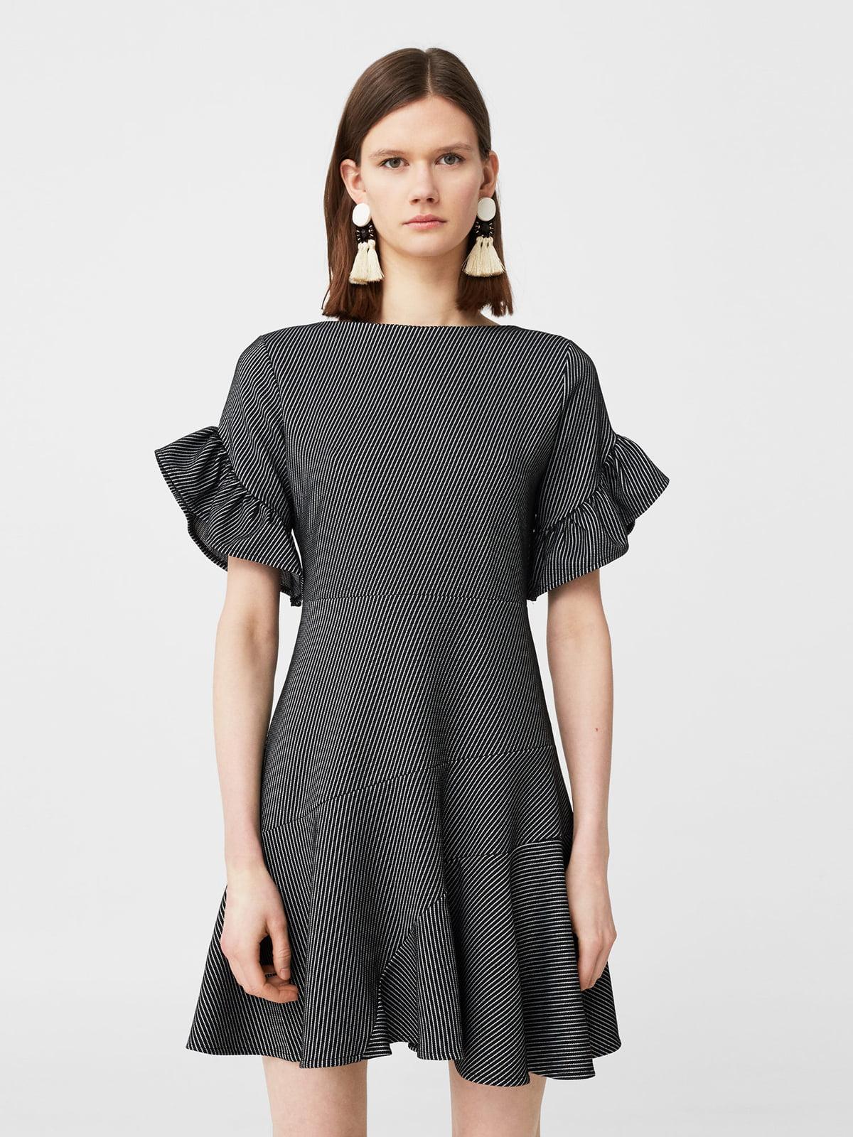 Платье черное с узором   5669329