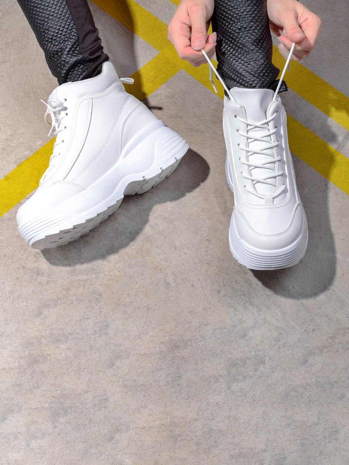 Кроссовки белые   5642671