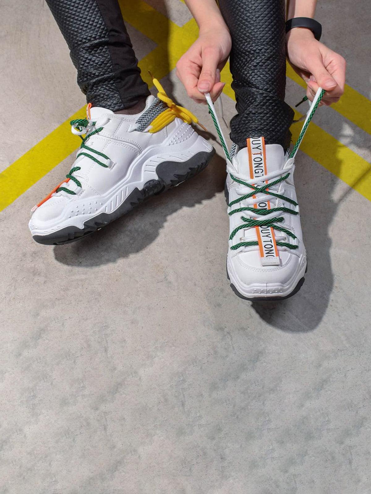 Кроссовки белые | 5642674