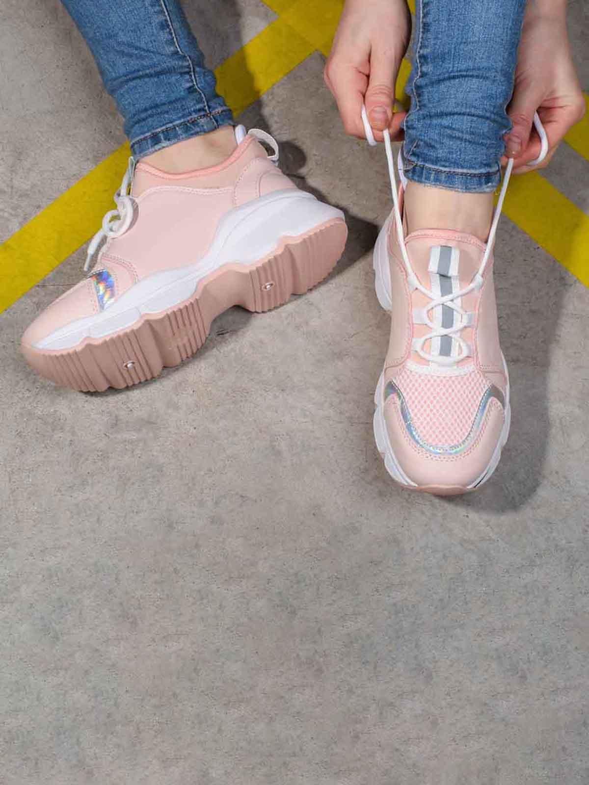 Кроссовки розового цвета | 5642754