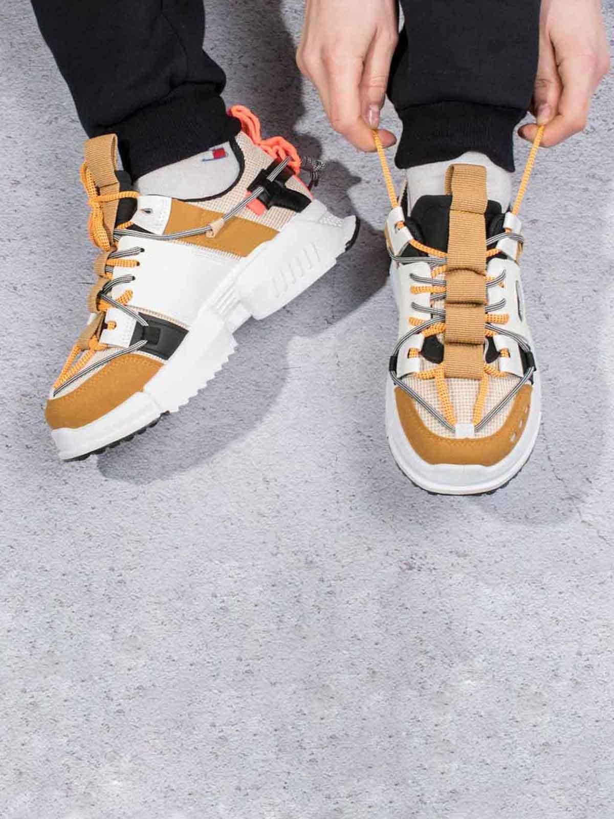 Кроссовки комбинированного цвета | 5642812