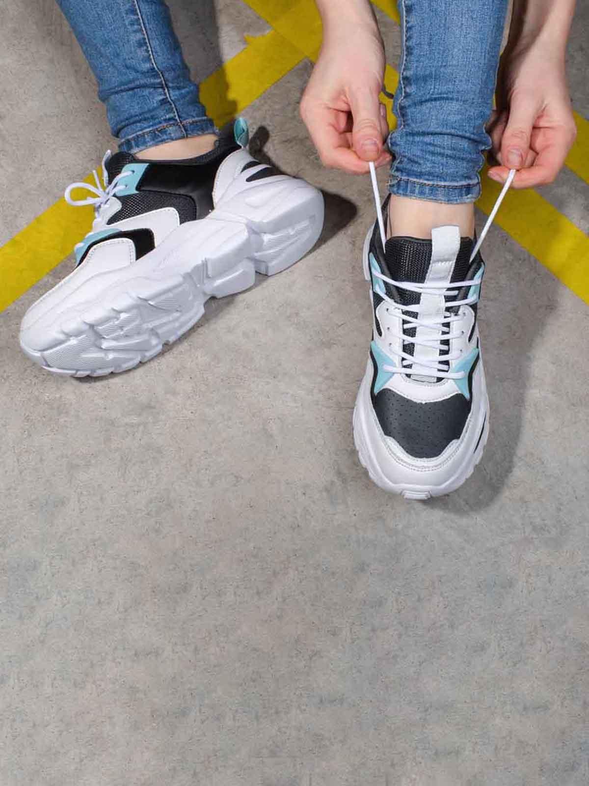Кроссовки комбинированного цвета | 5642852
