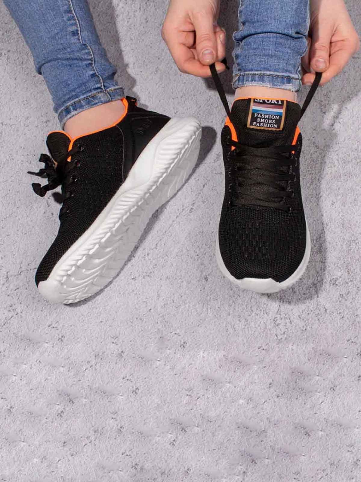 Кроссовки черные | 5642973