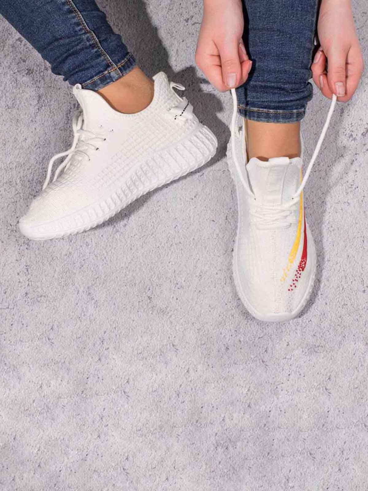 Кроссовки белые | 5643029