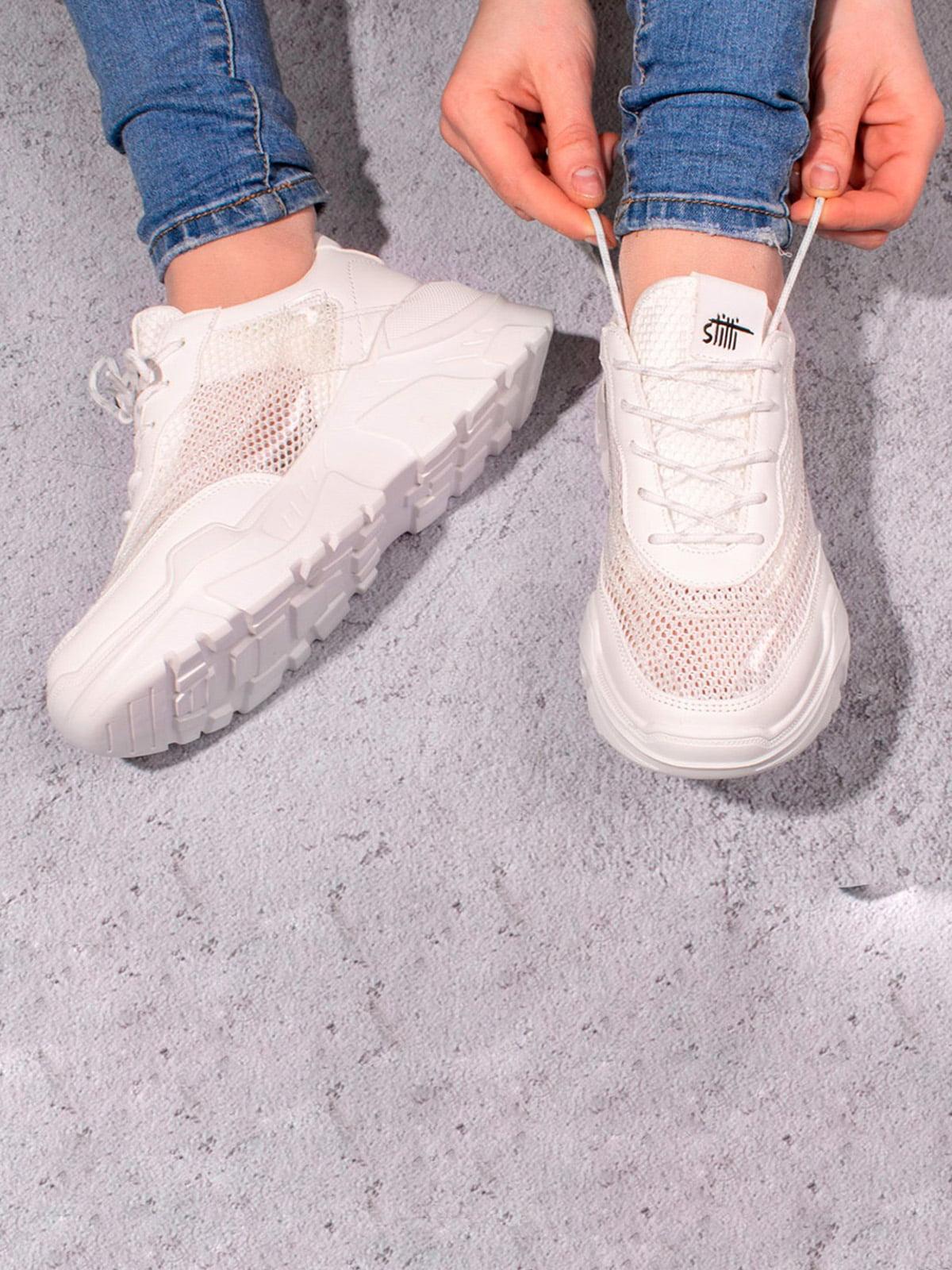 Кроссовки белые | 5643211