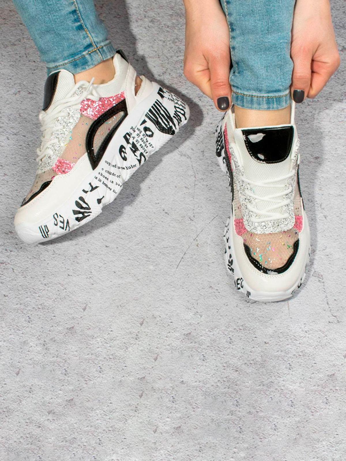 Кросівки біло-чорні | 5643310