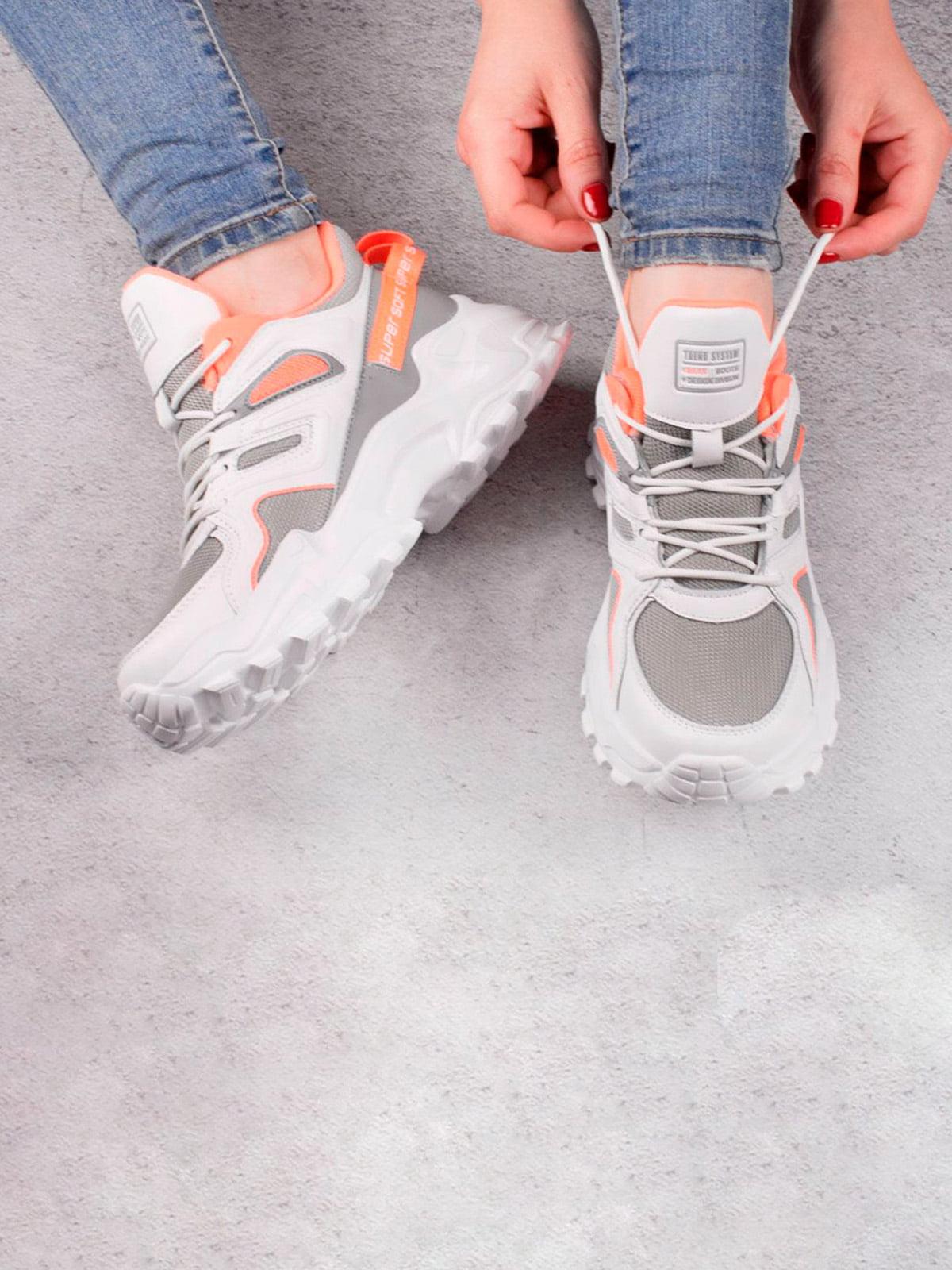 Кросівки біло-сірі | 5643561