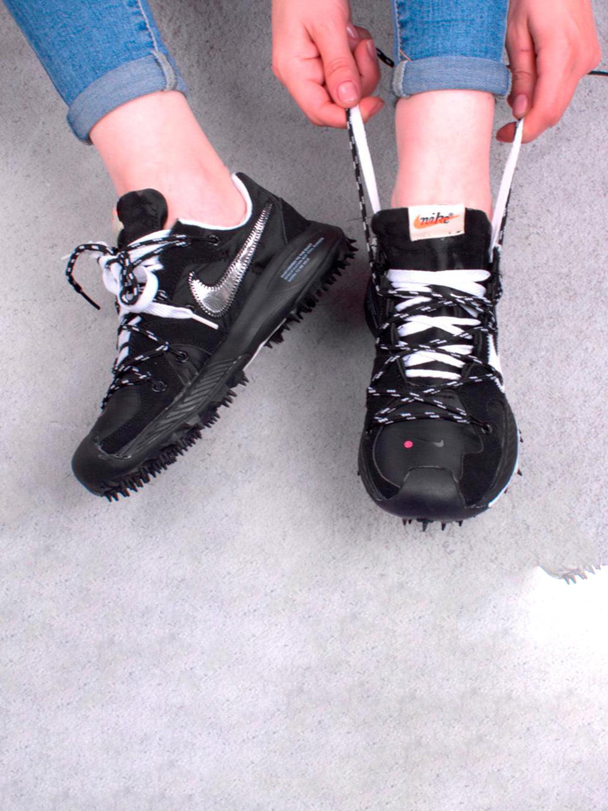 Кроссовки черные | 5643692