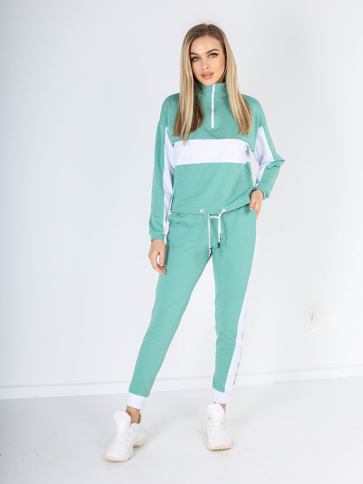 Костюм: худи и брюки | 5695130