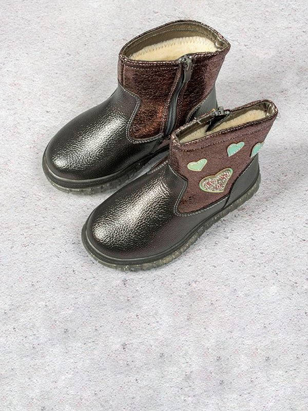 Сапоги серо-коричневого цвета с рисунком | 5648064