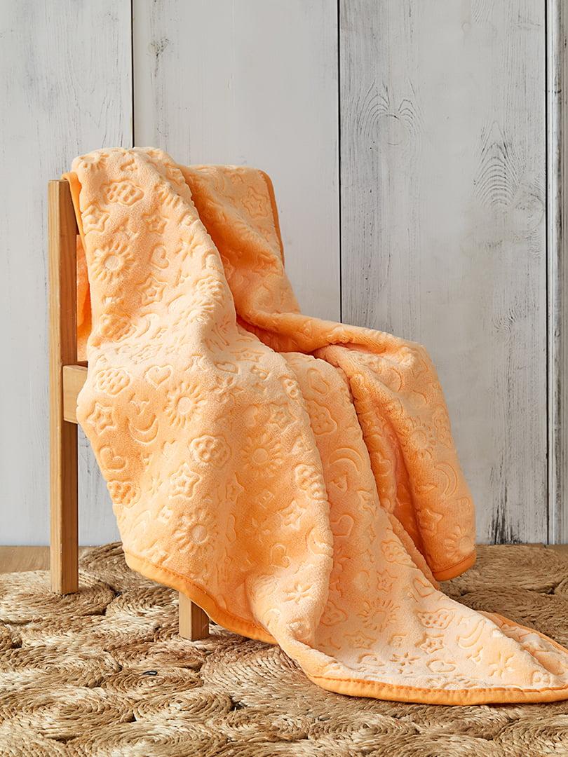 Плед оранжевого цвета   5461507