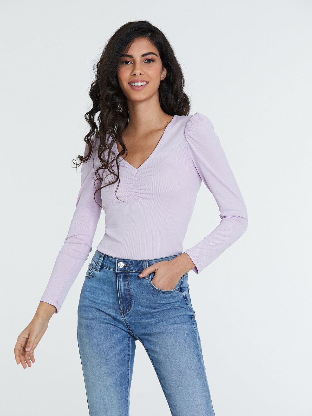 Пуловер сиреневого цвета   5686758