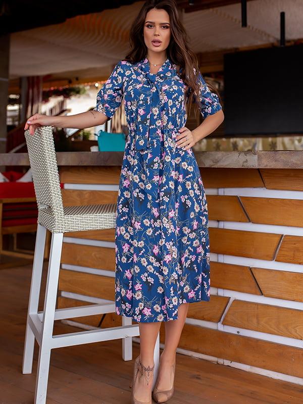 Платье синее в цветочный принт | 5715031