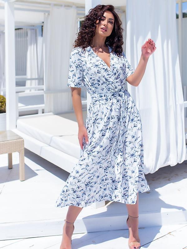 Платье белое в цветочный принт | 5715161