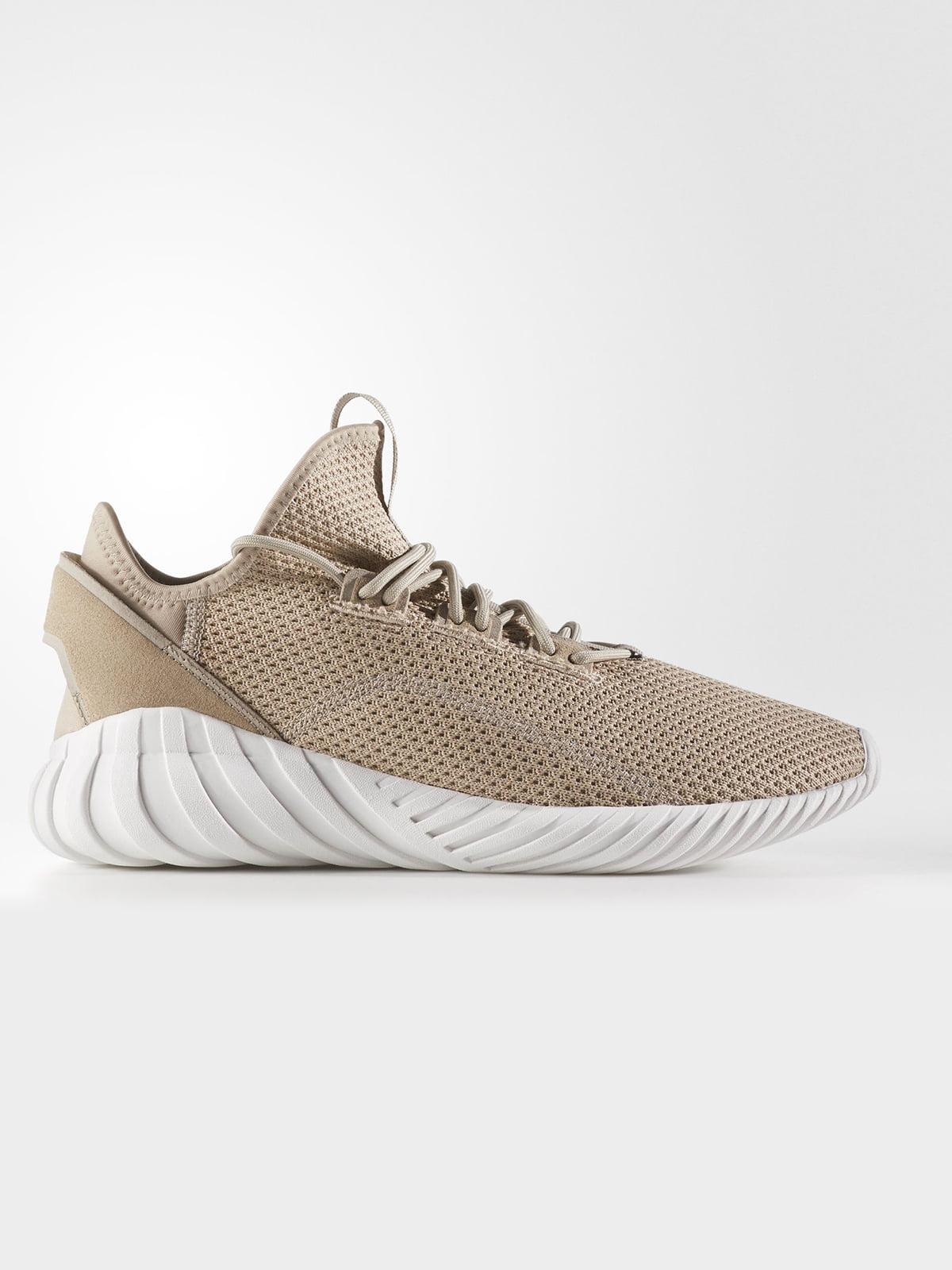 Кросівки бежевого кольору | 5716903