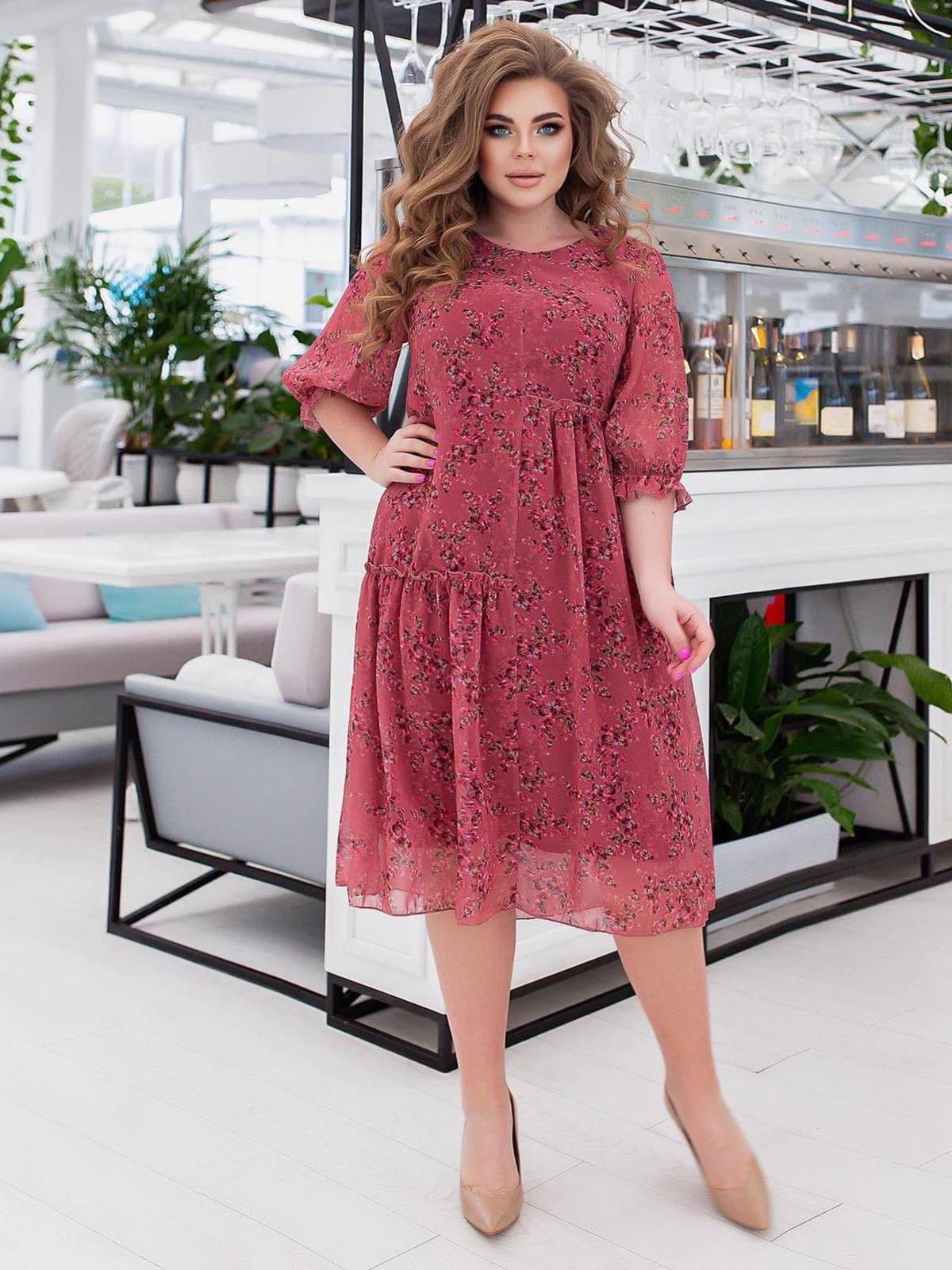 Платье розовое в принт | 5718878