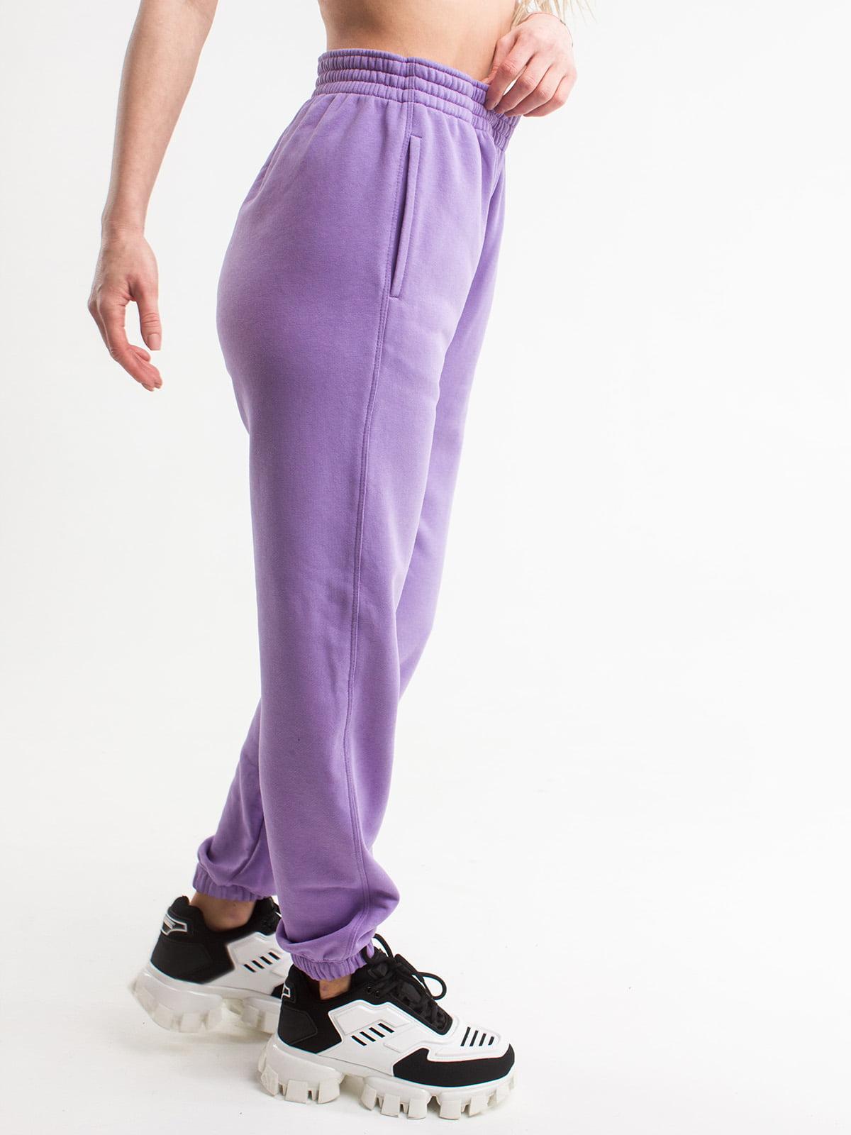 Штани спортивні бузкового кольору | 5785572