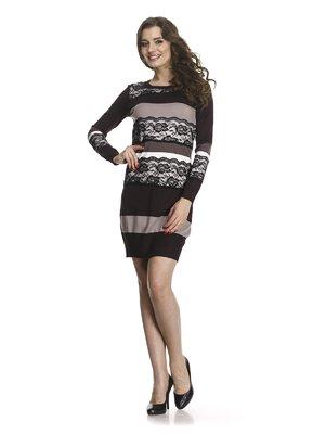 Платье трехцветное в полоску с ажурной отделкой | 768480