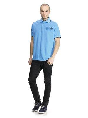 Футболка-поло блакитна з принтом | 852793