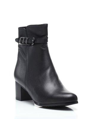 Ботинки черные   1573437