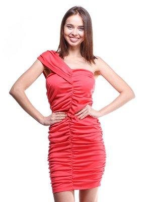 Платье кораллового цвета на одно плечо драпированное | 200373