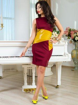Сукня кольору марсала зі вставкою | 2146793