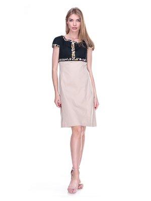 Сукня чорно-бежева з принтованим оздобленням | 2317037