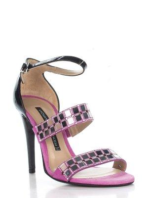 Босоножки черно-розового цвета с декором | 2452880