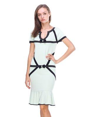 Платье светло-зеленое с контрастной отделкой   2619428