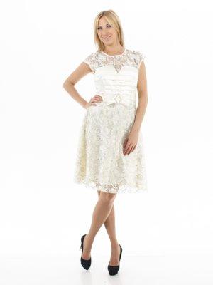 Сукня молочного кольору ажурна і бантиком | 100853