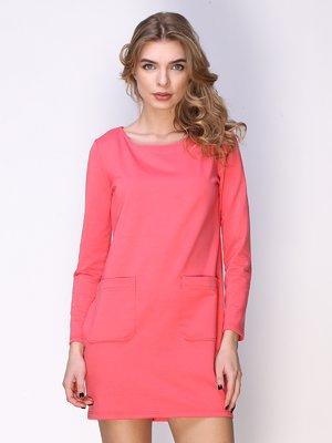 Сукня коралова з накладними кишенями | 2623308
