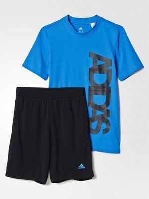 Костюм спортивний: футболка і шорти | 2580465