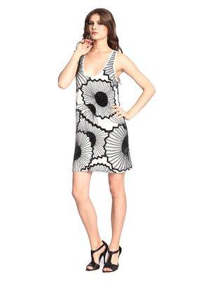 Платье бело-черное в принт | 2480857