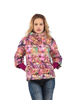 Куртка малинового цвета с принтом | 3043010