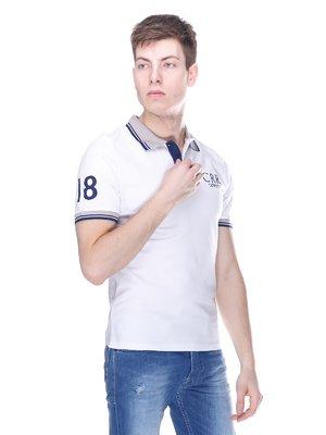 Футболка-поло біла з принтом | 3180182