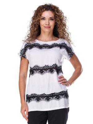 Блуза белого цвета с кружевом легкая | 3315322