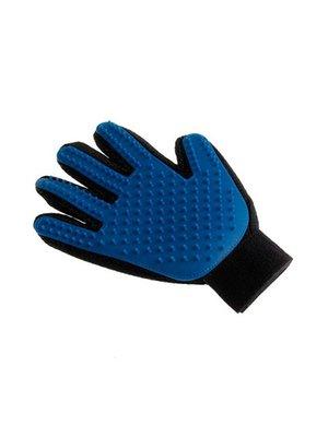 Перчатка для вычесывания шерсти «Тру Тач» | 3480820