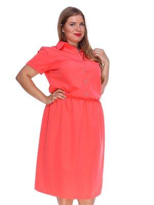 Платье кораллового цвета с удобным поясом на резинке | 3315329