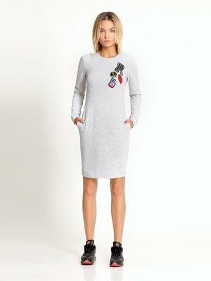 Платье серое с аппликациями | 3569211