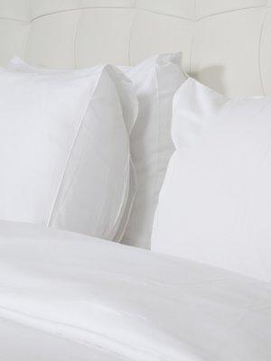 Комплект постельного белья двуспальный (евро) | 3571264