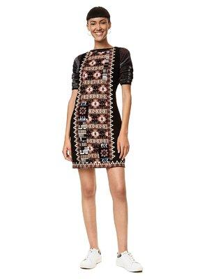 Платье черное с орнаментом | 3573662