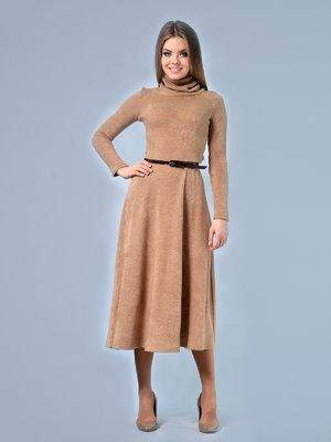 Сукня кольору кемел | 3665369